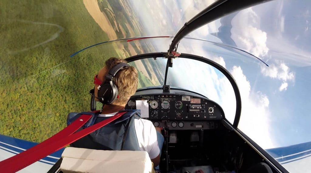 Jonathan Vincent champion de voltige aérienne