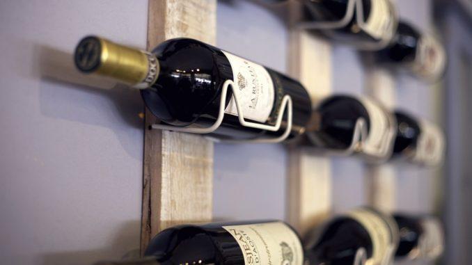Bouteilles de vins. Photo d'illustration Pixabay