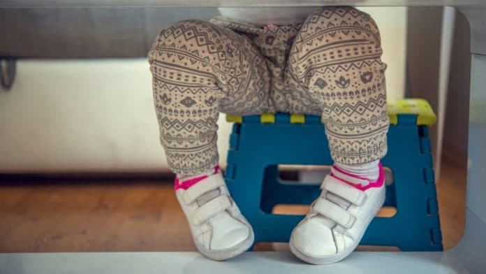 Baby-sitting : une rencontre entre parents et jeunes